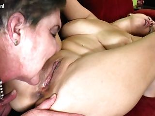 Hairy Bbw Lezzie Getting Ate By A Ultra-kinky Honey - Maturenl
