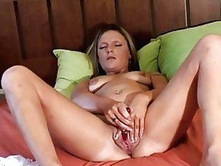 Filming Summer Masturbating Her Raw Labia And Jizzing Hard