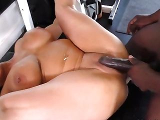 Super-sexy, Black Boy Is Fucking A Smoking Hot, Brazilian Black-haired, Raven Hart In A Local Gym