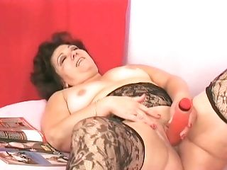 Hot Tempered Black-haired Mom Emily Orgasm From Hard Masturbating