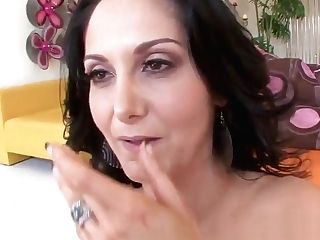 Pervcity Hot Mom Gets Her Analed