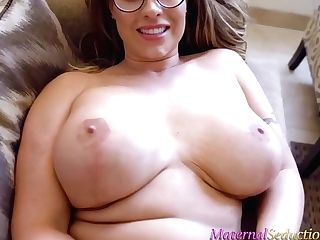 Big Titted Woman, Eva Notty Is Wearing Glasses While Playing With Her Hairy Muff, On The Sofa