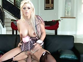 Canadian Sexy Actress Alison Got Her Coochie Fucked By Her Driver